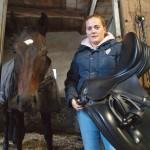 Bereits im Alter von drei Jahren hat Carolin Schnarre den Reitsattel als Lieblingsplatz für sich entdeckt. Mit ihrem Pferd Del Rusch hat sie jetzt bei den Paralympics in Rio die Silbermedaille im Dressurreiten gewonnen. Foto: Ulrike Havermeyer